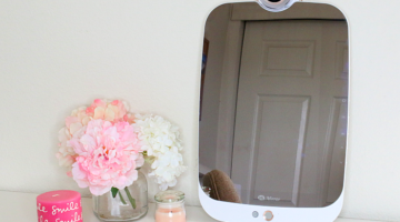HiMirror – A Smart Mirror That Analyzes Your Skin?!