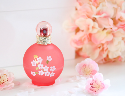 The Newest Britney Spears Fragrance –  fantasy IN BLOOM
