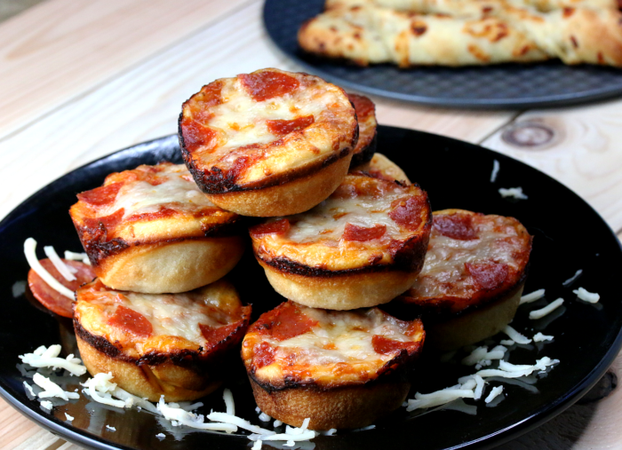 Mini Pizza Recipe Quick Easy Peek Ponder
